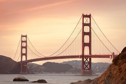 Golden-gate-bridge-388917 640.jpg